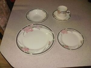 Nice Complete Dinnerware Set For 8