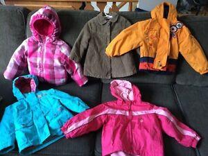Vêtements et chaussures fille et garçon