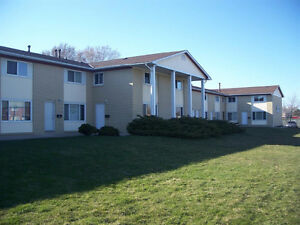 2 and 3 bedroom townhouses ~ All inclusive ~ Feb 01 ~ $975.00