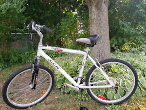 Men's 21 speed bike for sale, used 3 times, like new. $125.00.