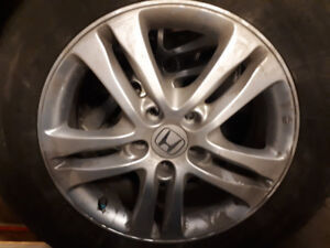 ** WANTED ** Honda Odyssey 17 inch wheel  ** WANTED **