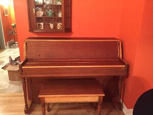 VINTAGE PIANO - SHERLOCK MANNING