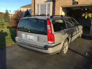 2004 Volvo V70 2,4 Wagon | NO ACCIDENT | 2 SETS OF NEW TIRES