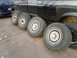 "Pneus 33"" 33x12.5 r15 Off Road sur rim F150 1960-96 et Dodge Ram West Island Greater Montréal image 2"