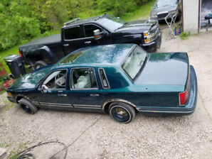 1992 lincoln towncar lowrider