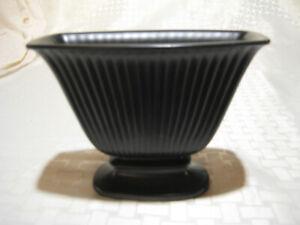 RARE! WEDGWOOD RAVENSTONE mantel vase