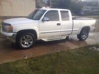 Snow will be here soon! 1999 GMC Sierra 4x4 with PLOW!