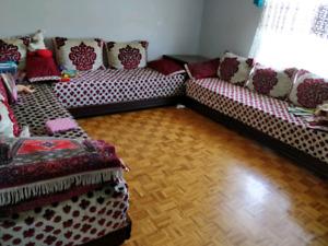 Salon marocain avec 2 tlamets