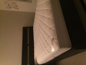 Spring mattress with free bed frame