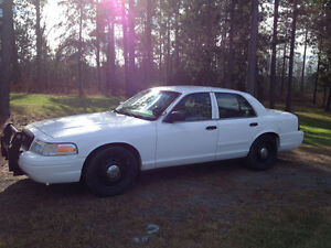 2004 Ford Crown Vic interceptor