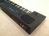 KORG i4S WORKSTATION KEYBOARD / SYNTH - EXCELLENT CONDITION $399
