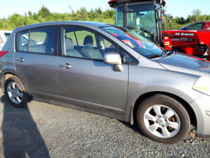 2007 Nissan Versa low kilometers at 100000