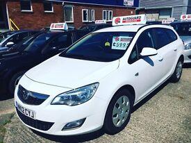 12 Vauxhall Astra 1.3 Cdti estate bargain!!!