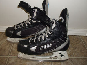 For sale Bauer skates - size Youth 4.