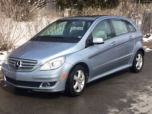 Mercedes-Benz B-200 - Couleur bleue Azure -model 2008