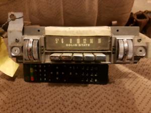 1968 69 baracuda thumb radio