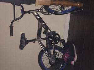 Boy bike for sale Regina Regina Area image 1
