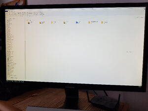 "Samsung U28D590D 28"" 4K Monitor, Excellent Condition"