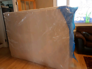 Clean Queen Size Boxspring