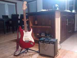 Fender Squire affinity hss strat + amp