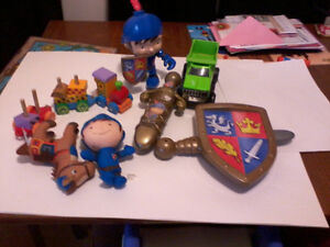 MIKE THE KNIGHT LOT PLUS EXTRAS