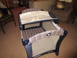 folding playpen/change table c/w carrying bag