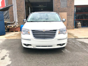 2010 Chrysler Town & Country Limited Usagé À Vendre Montreal