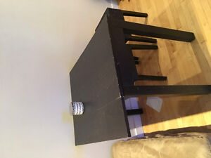 Various things free or cheap : Extendable table, stools, and etc