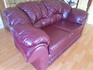 Premium condition leather couch