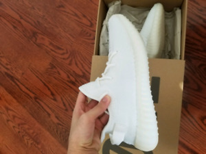 Yeezy Creams Size 10.5 DS