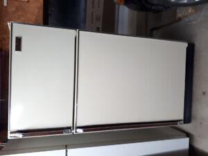 Réfrigérateur Inglis STERLING 1987 impeccable !