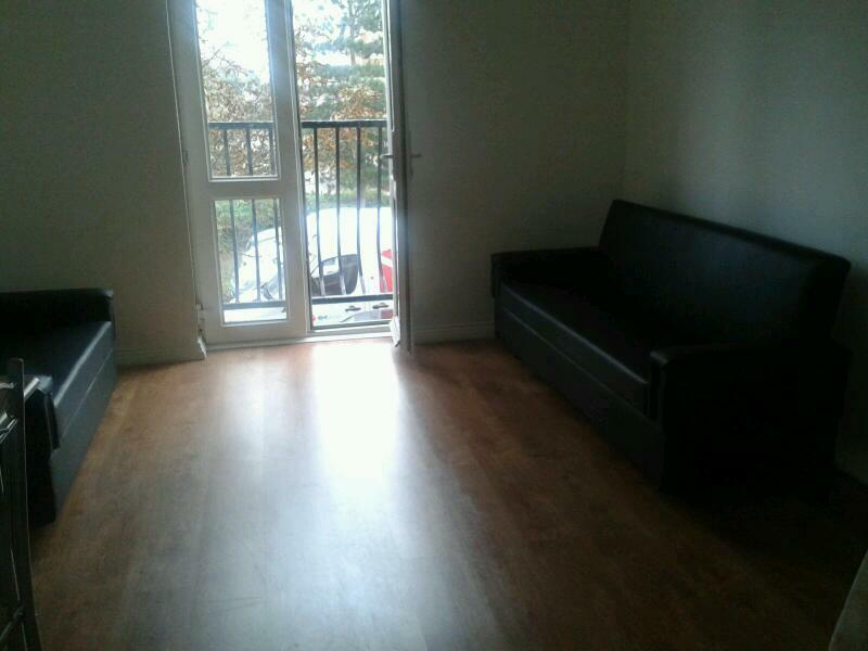 Beautifully presented two bed flat in Barking ig11 0xt