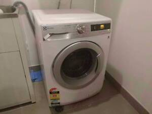 8KG ELECTROLUX washing machine for sale free delivery Narwee Canterbury Area Preview