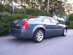 IMMPECABLE 2006 CHRYSLER 300 TOURING