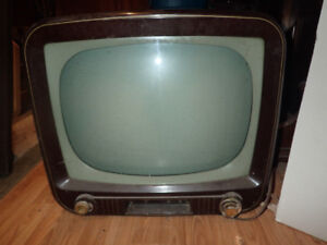 1960's vintage tube television