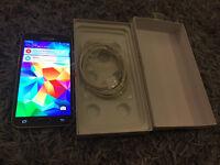 Samsung Galaxy s5 16gb gold unlocked mobile phone