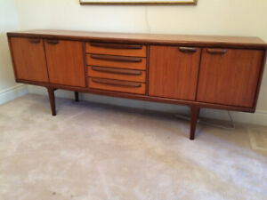 Mid-Century Modern Sideboard Credenza. Beauty. Reduced price.