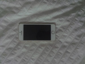 Gold iPhone 5s for sale - Perfect condition