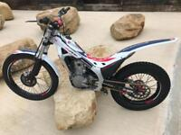 2017 Montesa Cota 4rt 260cc Trials Bike With 2018 Sticker Kit!