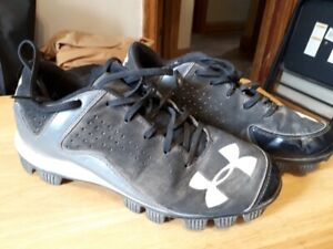 Under Armor Baseball Shoes size7