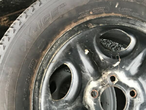 Four Michelin Xice snow tires