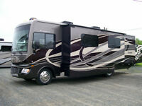 2015 Bounder 33C **We give top dollars on trade ins**