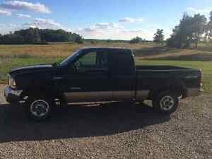 1999 Ford F-250 7.3L Lariat Pickup Truck, certified + e-tested!