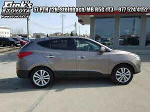 2012 Hyundai Tucson 2.4L Limited AWD with Navigation