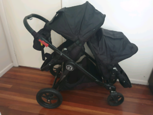 Baby Jogger City Select Double Pram (includes 2 seats!!)
