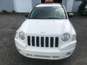 2007 Jeep Compass  (JAMAIS ACCIDENTÉ!!)