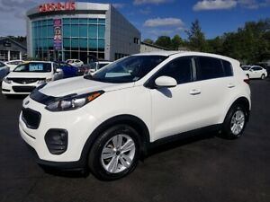 2017 Kia Sportage LX / Bluetooth / Heated Seats