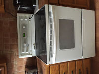 Kenmore ceramic top stove! Self cleaning works perfect!