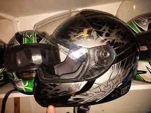 Full face helmets and removable saddle bags London Ontario image 1