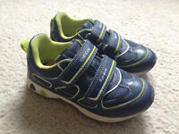 Kids' Geox running shoes - size 26 (9)